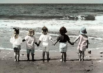 Childhood_Memories_Wallpaper__yvt2