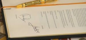 firma abdicación